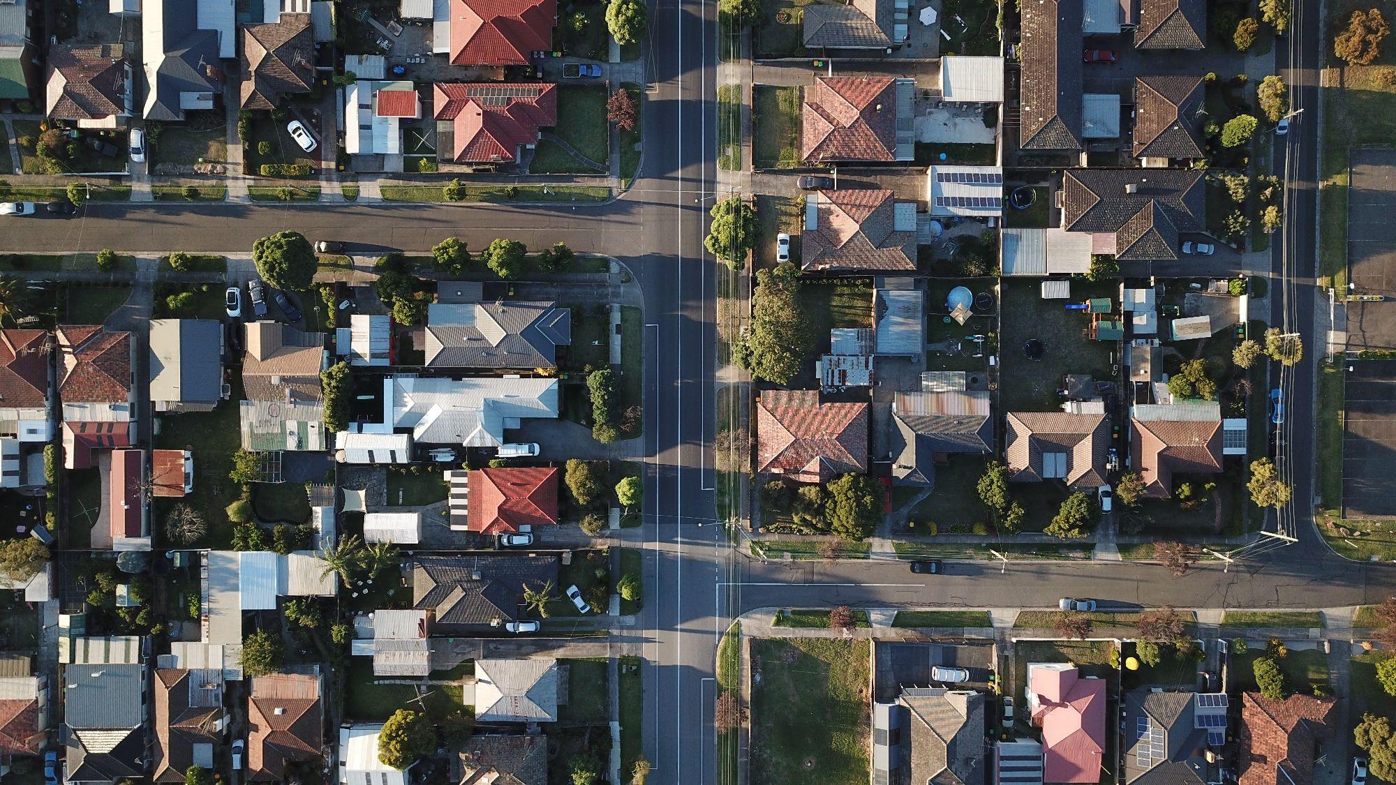 Cesty k sousedům